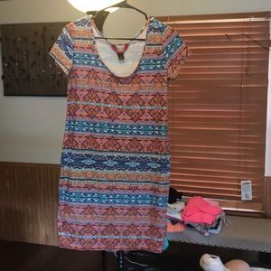 Dresses & Skirts - Abstract printed dress